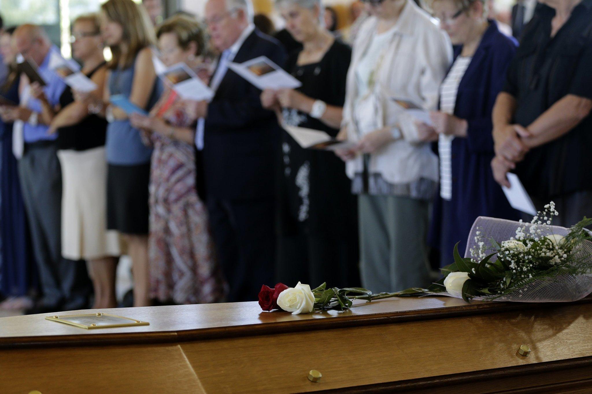 Spain tears in barcelona at funeral for germanwings victim the spain tears in barcelona at funeral for germanwings victim the san diego union tribune izmirmasajfo