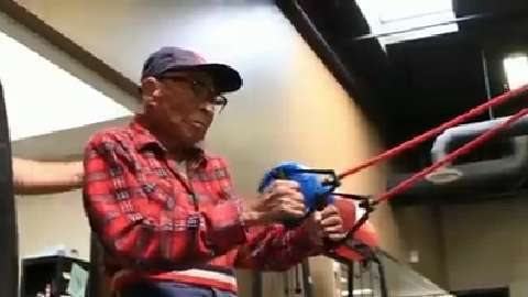 103-year-old vet still hits the gym
