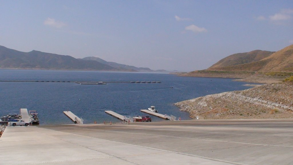 Diamond valley lake launch going dry the san diego union for Diamond valley fishing report