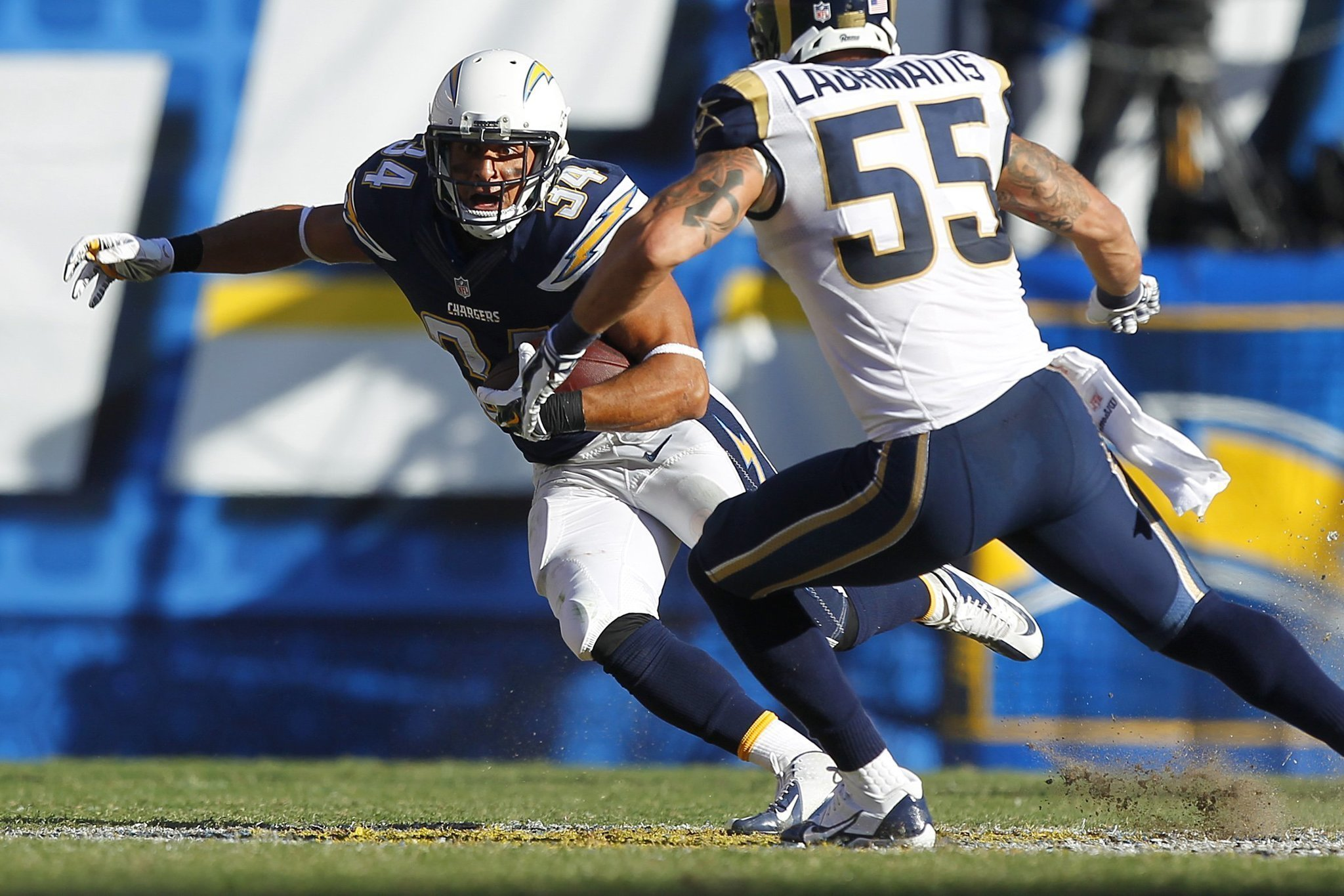 Are Chargers Over The Top On Donald Brown The San Diego