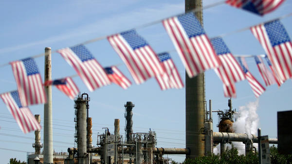 With new climate legislation, Gov. Brown gets even with the oil industry