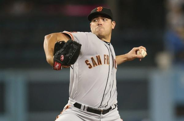 Giants' Matt Moore nearly no-hits the Dodgers in 4-0 victory