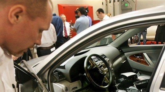 AUTOS: Congressmen Tour Toyota Parts And Service Center In Carlsbad