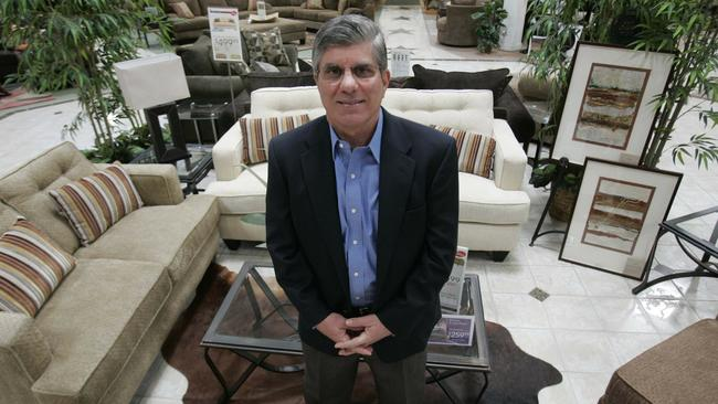 Delicieux Jerry Navarra, Chairman Of The Family Owned Jeromeu0027s Furniture, Displayed  Some Of The