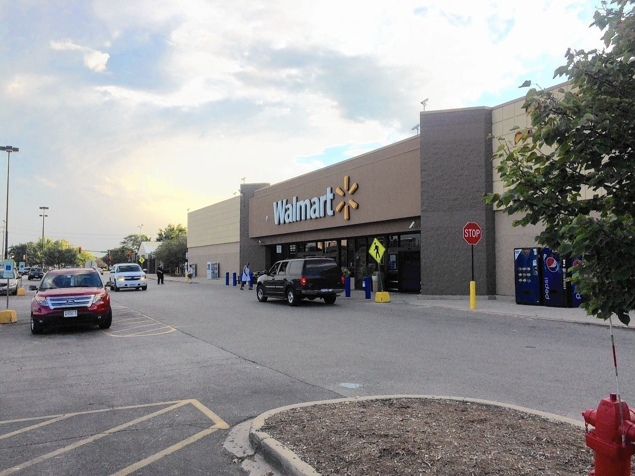 wal mart to close west plaza store in aurora aurora beacon news
