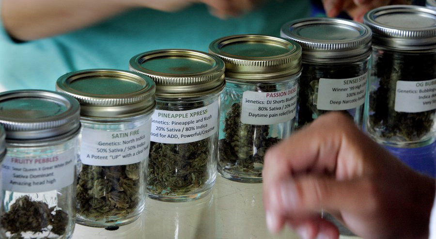 Lawmakers proposed new standards for manufacturing medical marijuana products in a bill sent to the governor. (Eduardo Contreras / San Diego Union-Tribune)