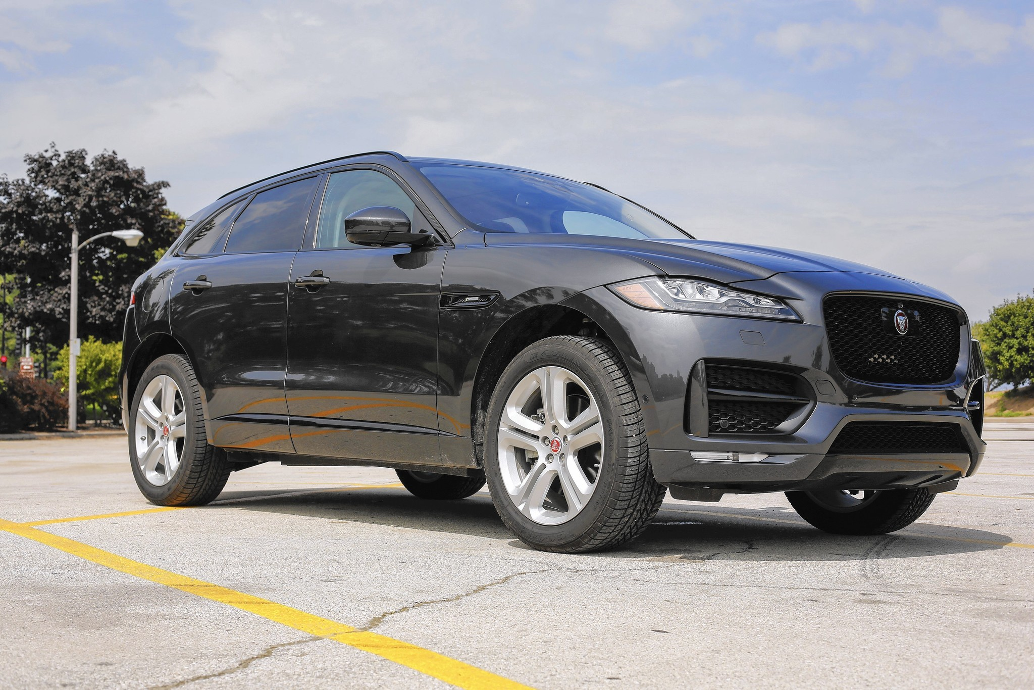 2017 Jaguar F Pace crossover worth the wait Chicago Tribune