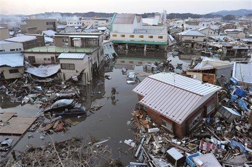 Tsunami Destruction Scenes of destr...