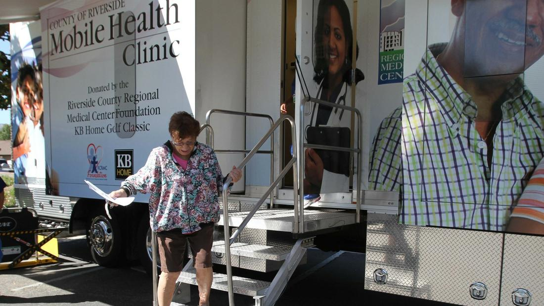 health clinics for uninsured