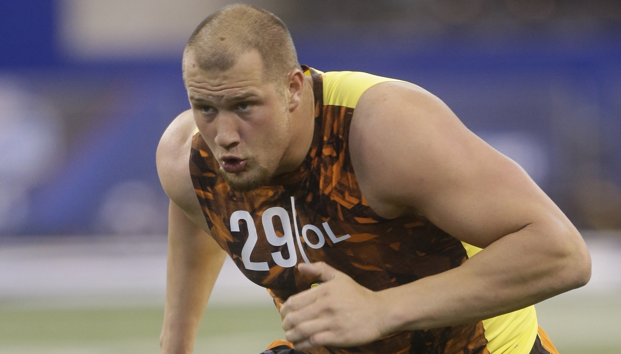 Chargers work out Lane Johnson