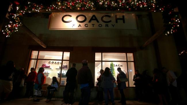 Thanksgiving Day, Black Friday store hours