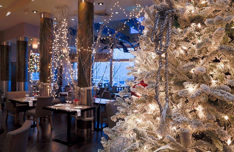 christmas dining in san diego the san diego union tribune - Christmas Decorations San Diego