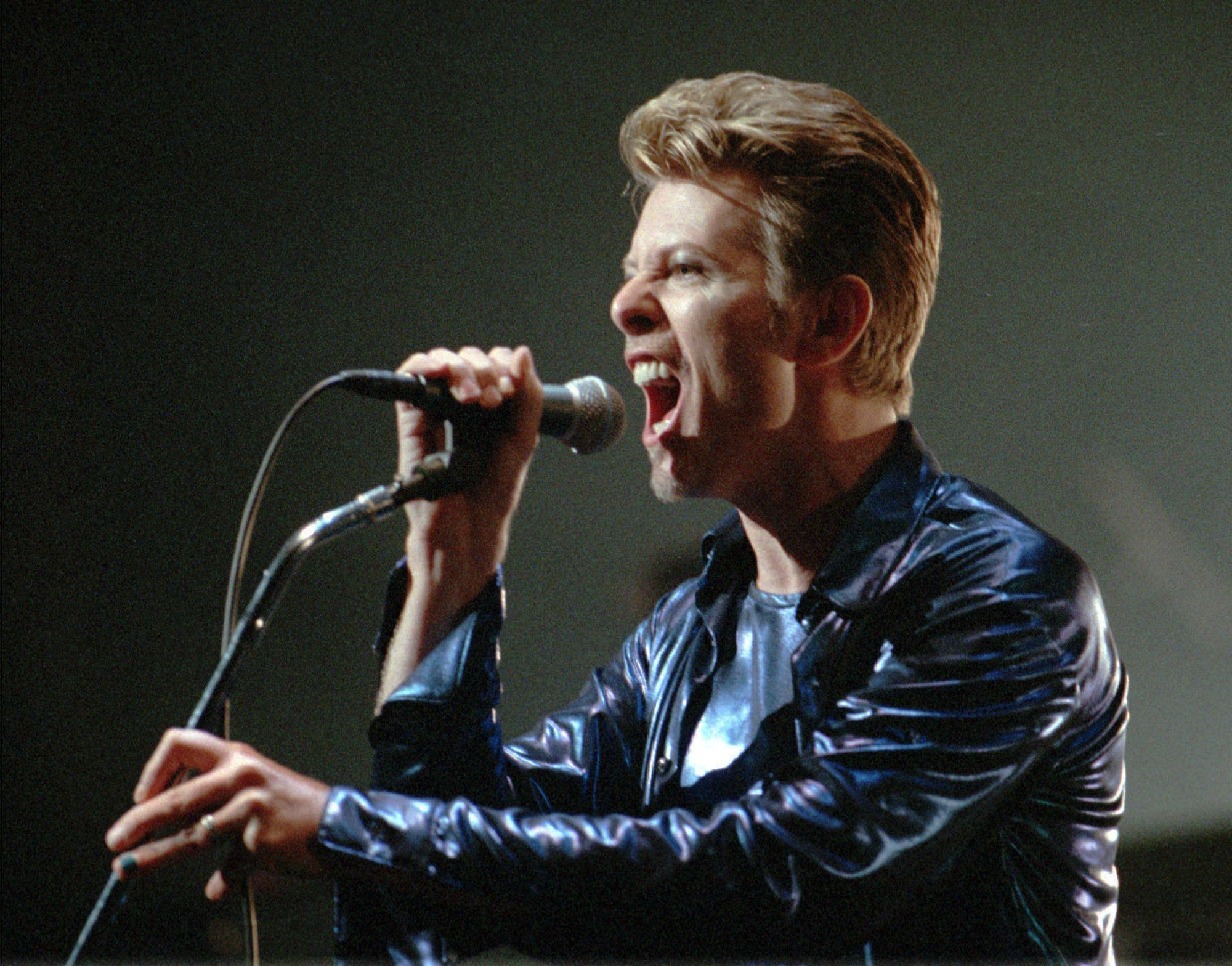 david bowie says merry christmas the san diego union tribune - David Bowie Christmas