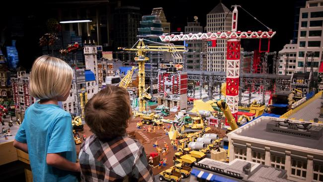 A movie set comes to Legoland - The San Diego Union-Tribune