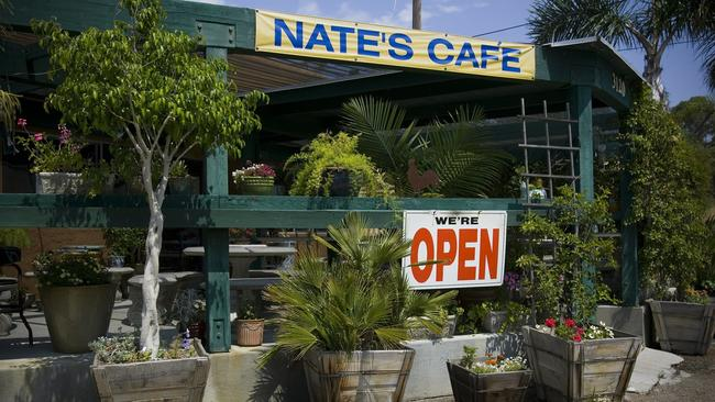 for fans of craft beer nates is a garden spot - Garden Grill
