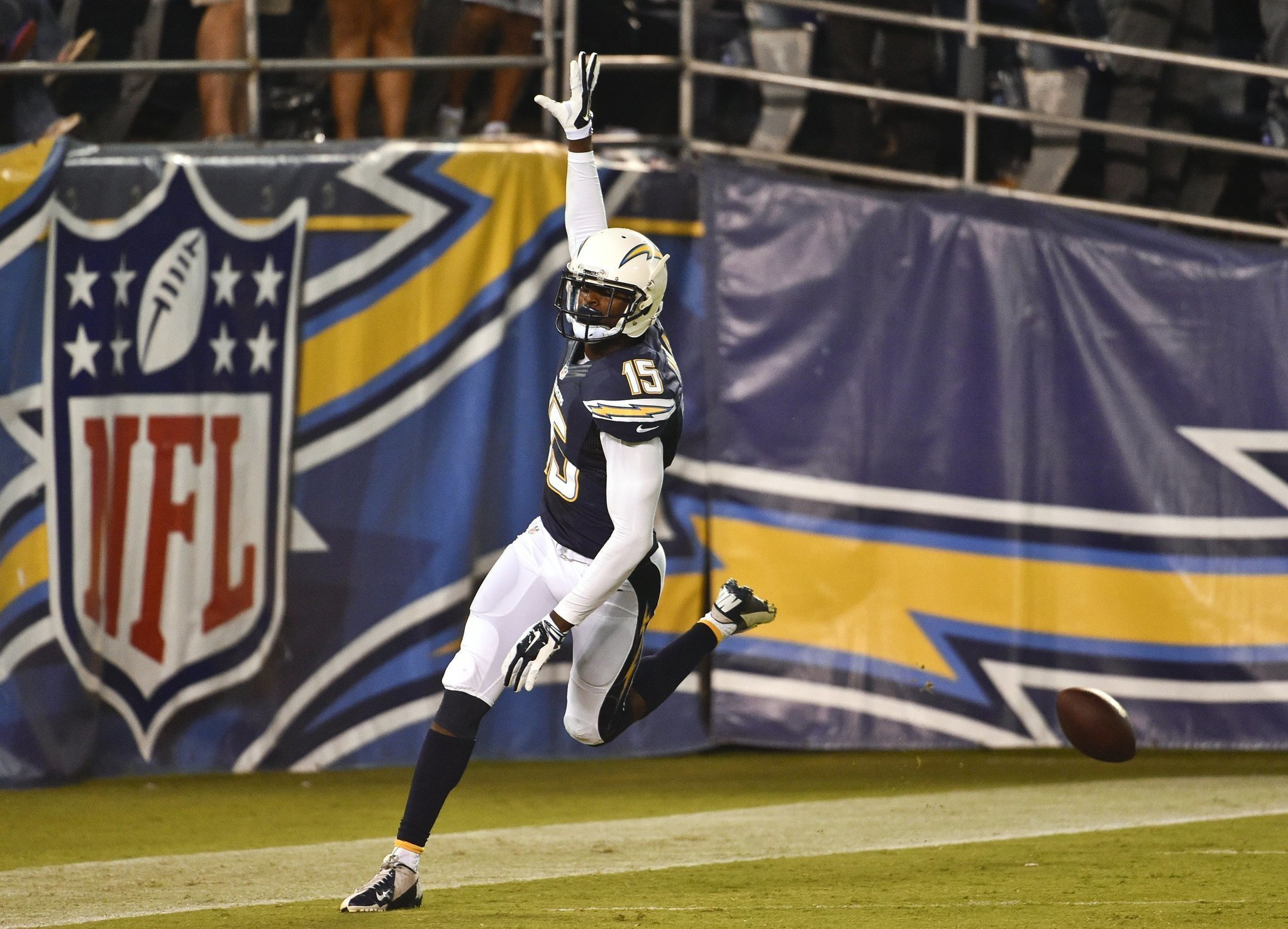 Branden Oliver Dontrelle Inman Turn Heads In Chargers Win