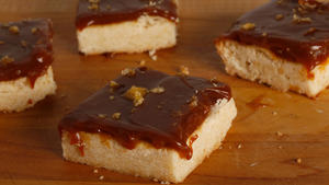 Salted caramel shortbread bars
