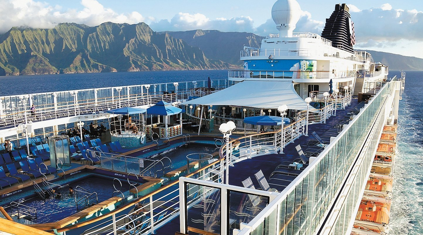 Pride Of America Cruise Makes Island Hopping In Hawaii Easier - The pride of america cruise ship