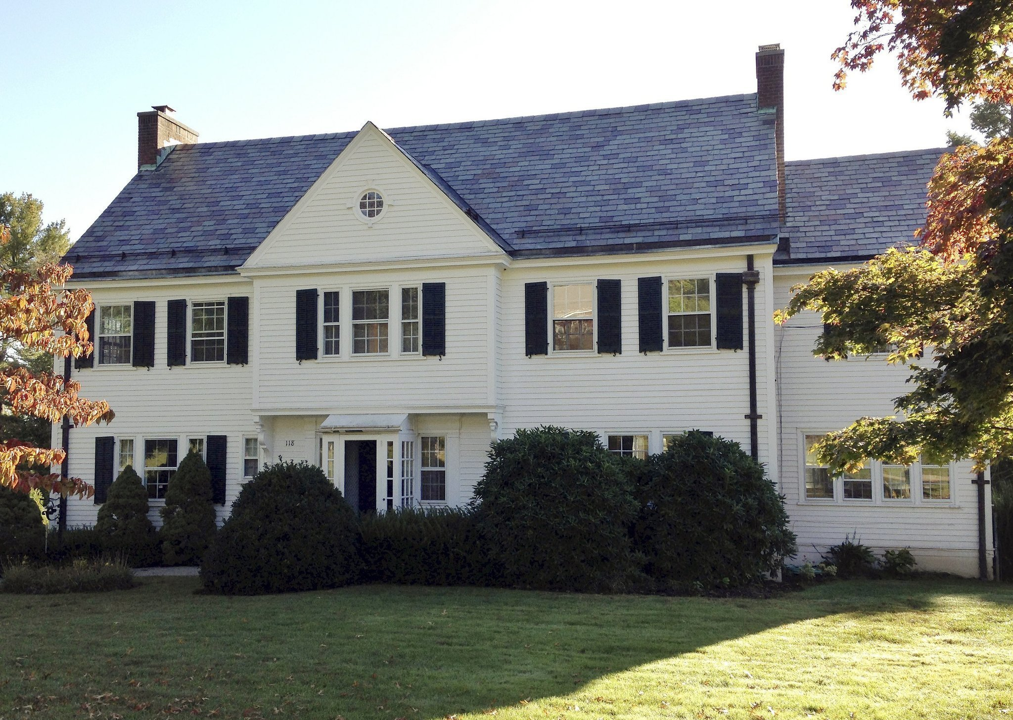 Hartford home of wallace stevens has new owners the san for Wallace homes