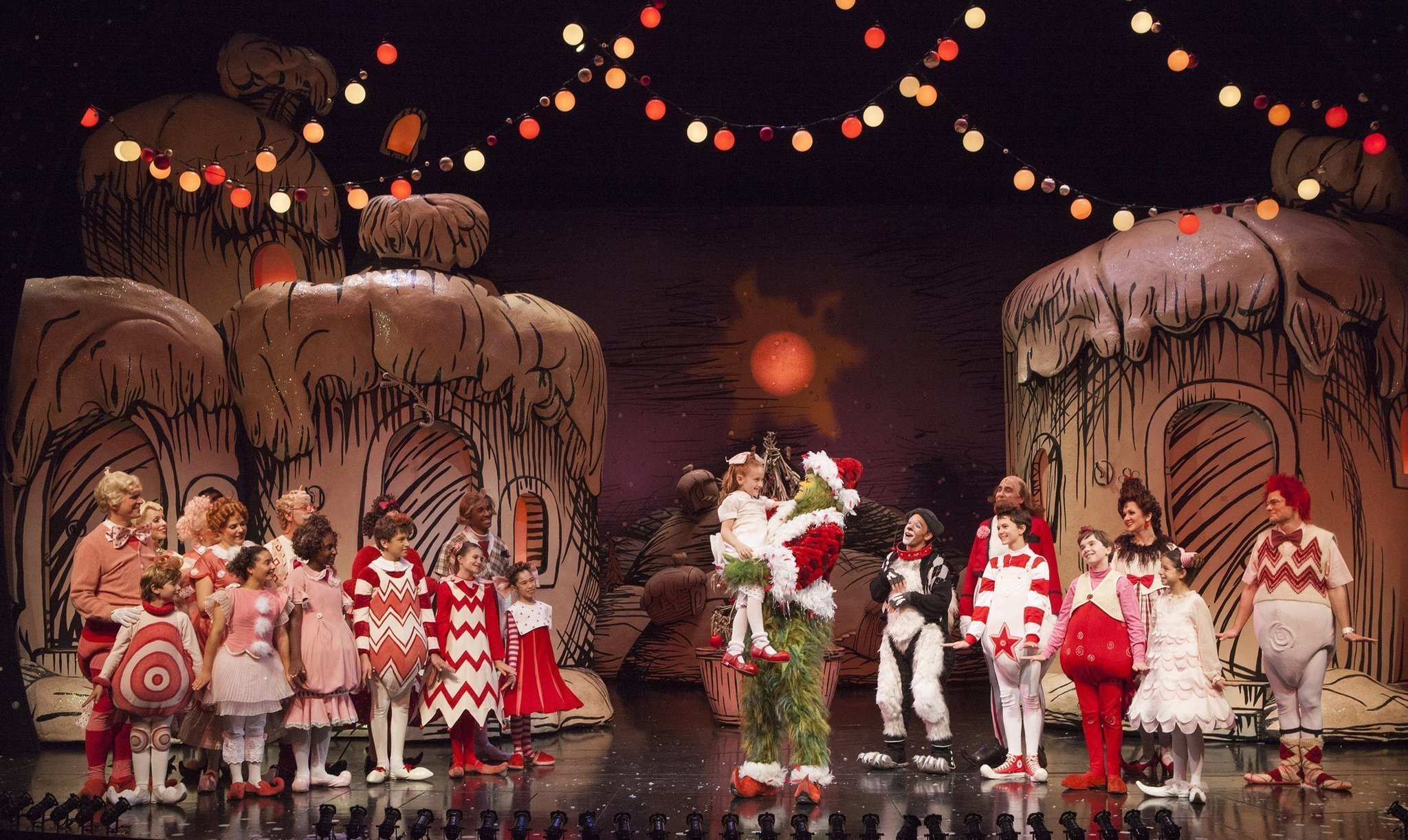 backstage who tube video series a show all its own at the old globe theatre the san diego union tribune - Cast Of How The Grinch Stole Christmas