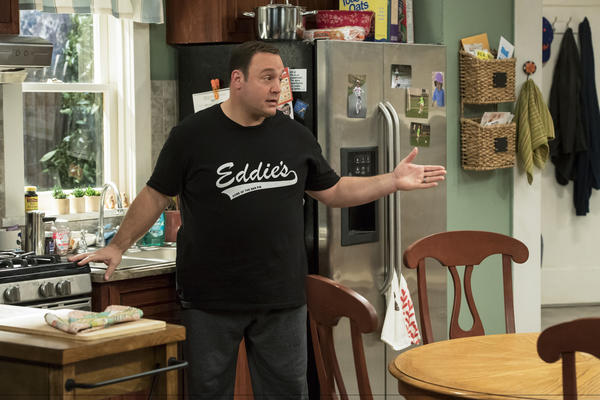 "Kevin James stars in the series ""Kevin Can Wait,"" which premieres Sept. 19. (Dave Giesbrecht / CBS)"