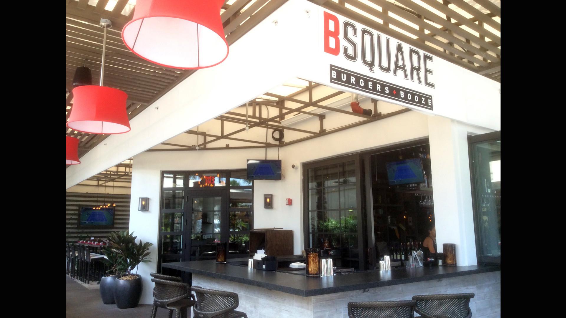 b square burgers  u0026 booze opens on las olas