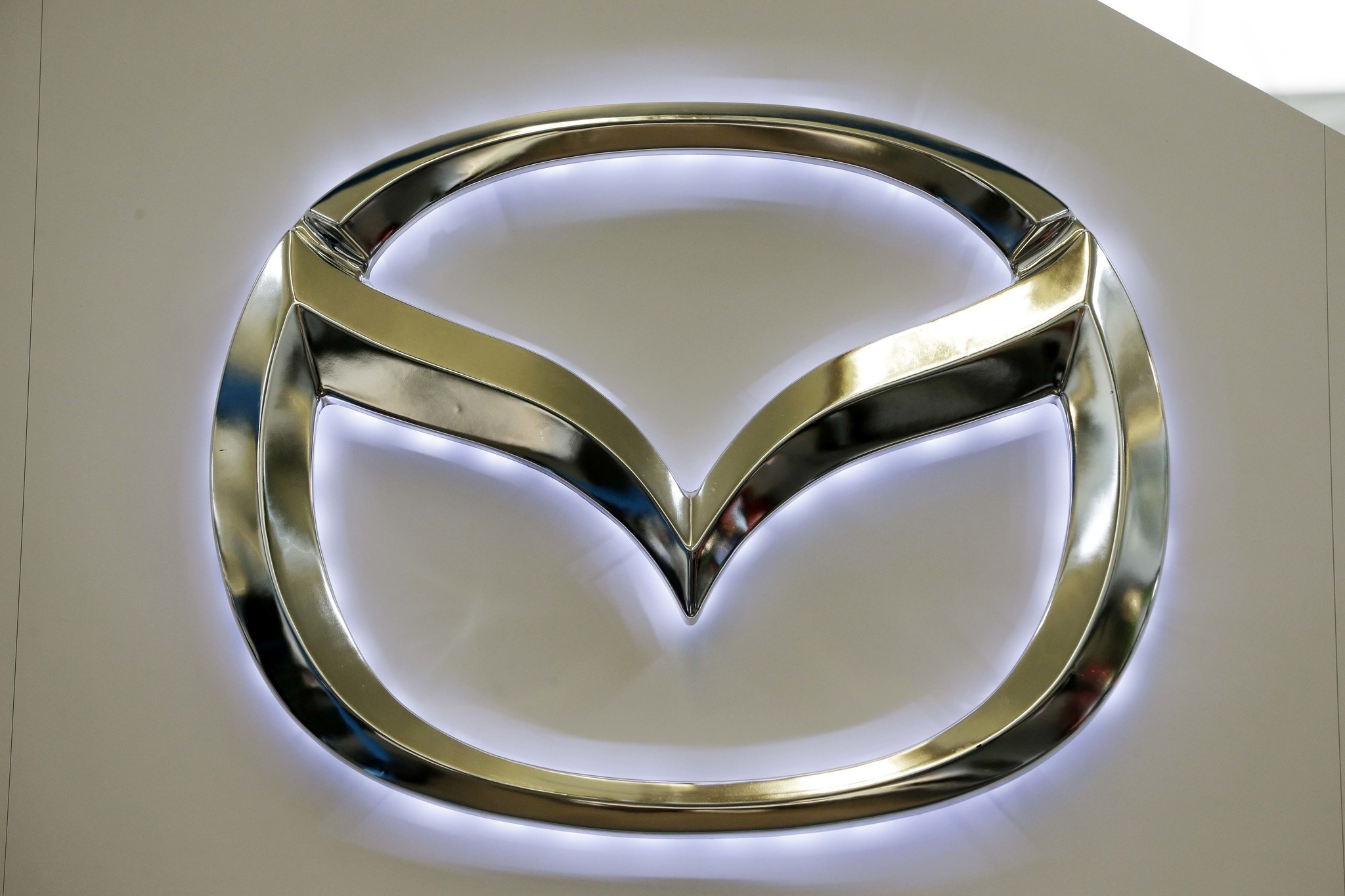 Mazda recalls 22m vehicles worldwide rear hatches can fall mazda recalls 22m vehicles worldwide rear hatches can fall chicago tribune biocorpaavc