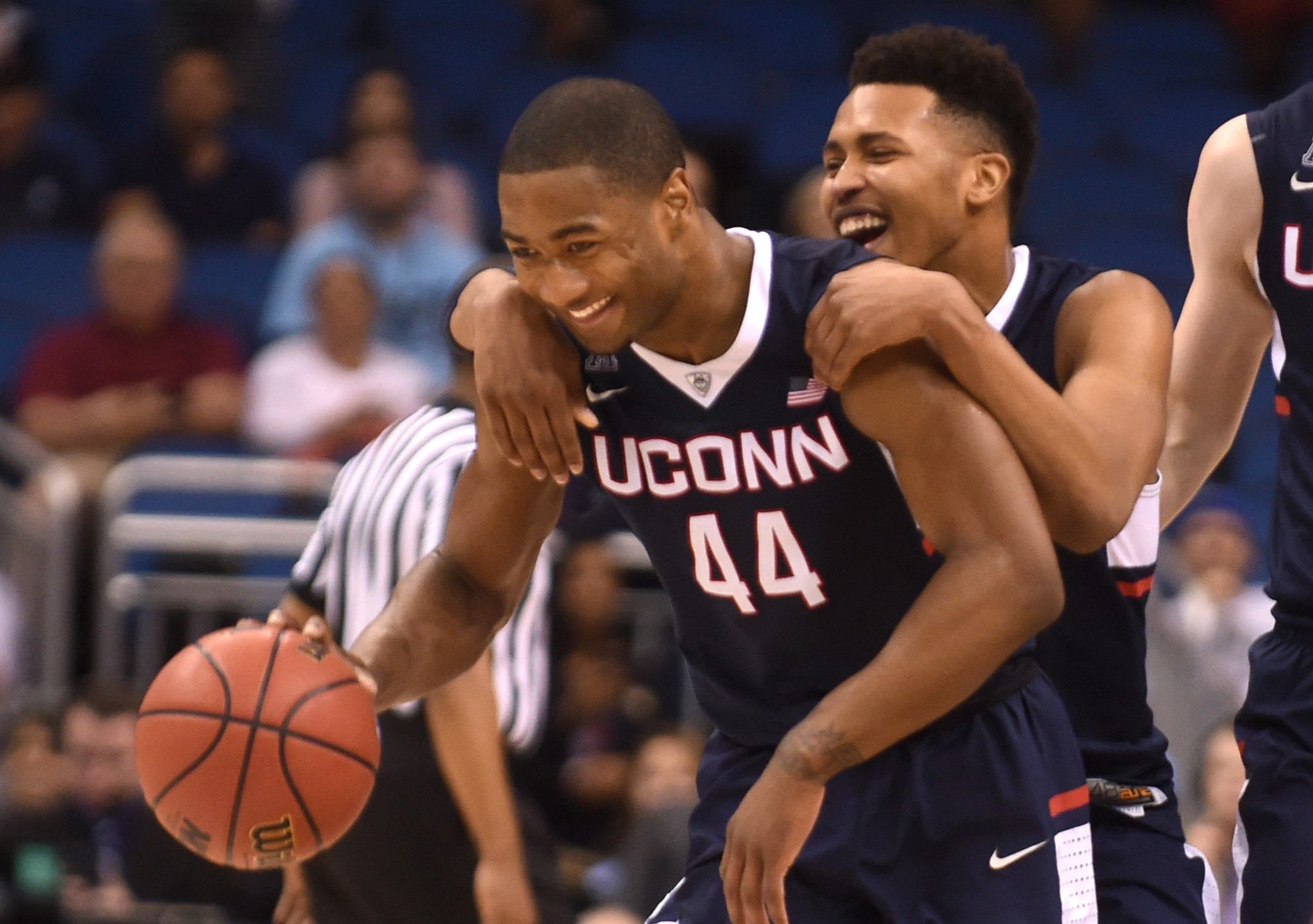 uconn men's basketball schedule released; aac opener at xl vs