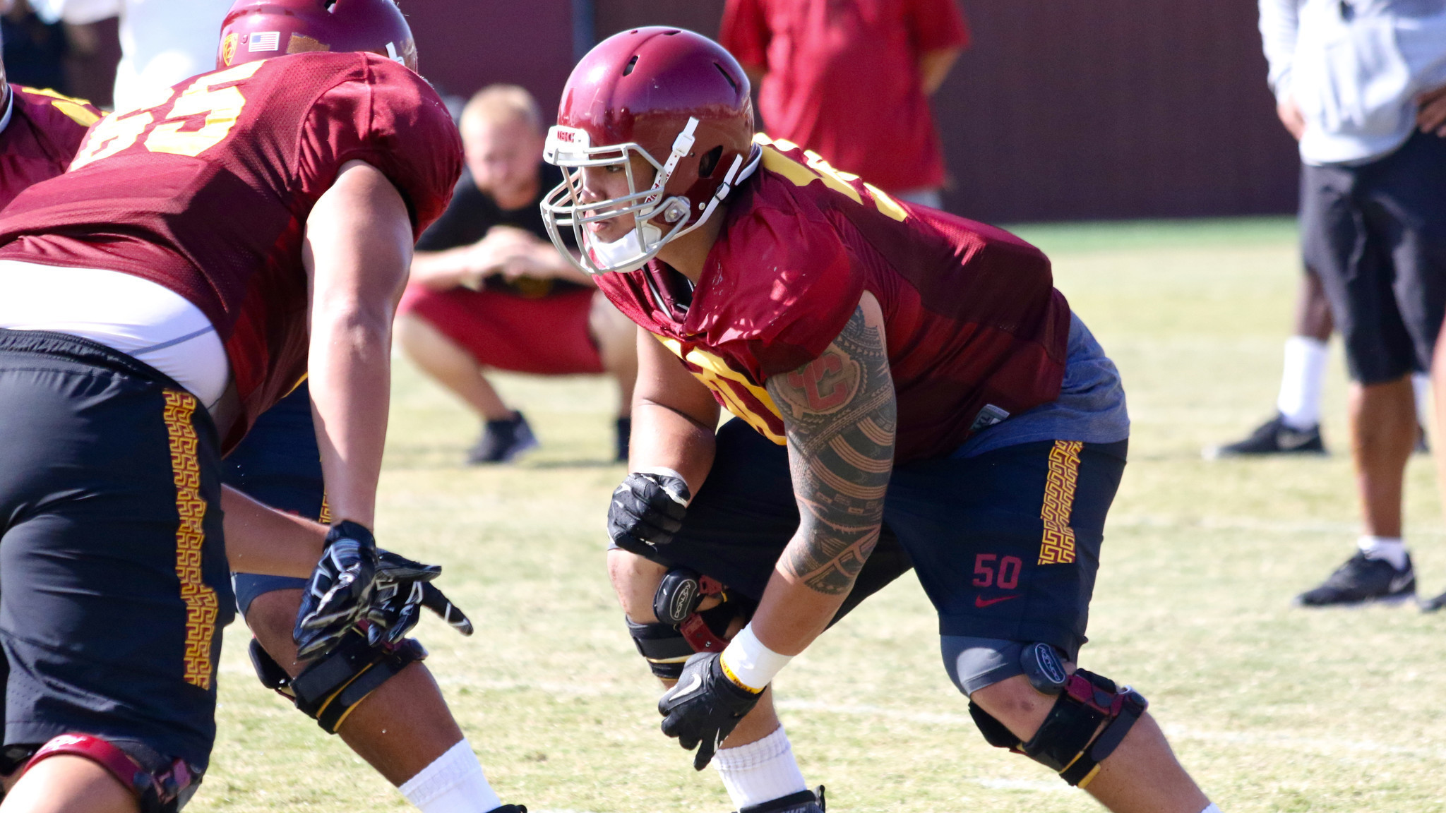 Knee injury knocks out USC center Toa Lobendahn for the ...