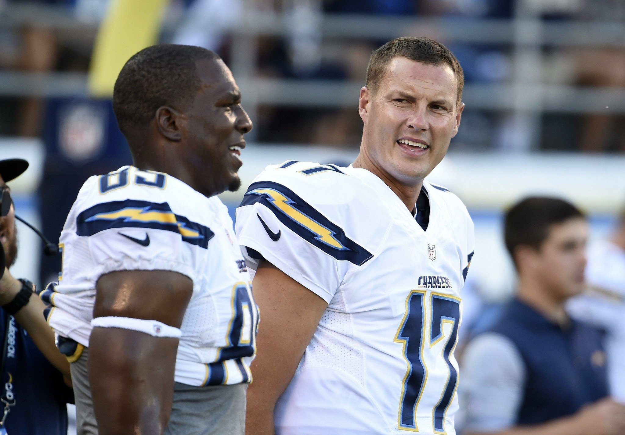 Philip Rivers signs restructured contract The San Diego Union