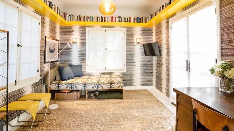 Hot Property | Kathryn Hahn and Ethan Sandler