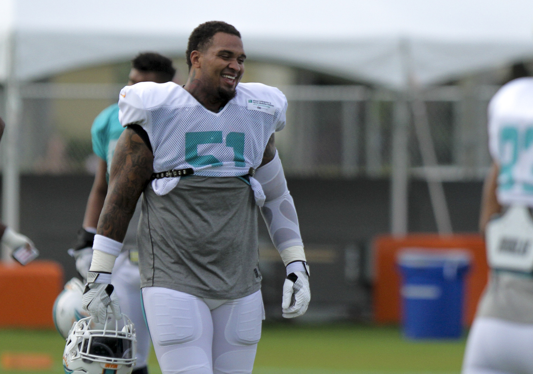 Dolphins Pro Bowl center Mike Pouncey hip won t play vs Seattle