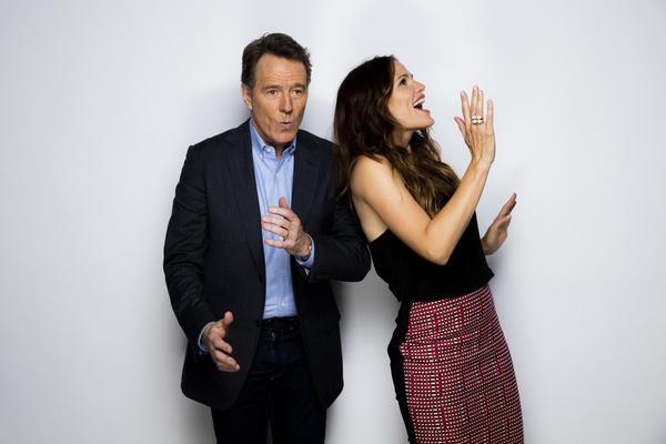 Bryan Cranston and Jennifer Garner (Jay L. Clendinin / Los Angeles Times)