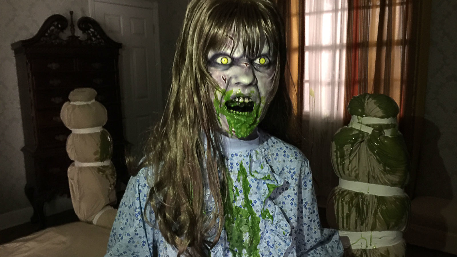 are you afraid to step inside the exorcist maze at universals horror nights la times - Halloween Universal Studios Tickets