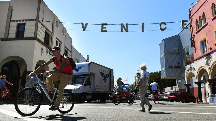 Venice exploring cityhood effort