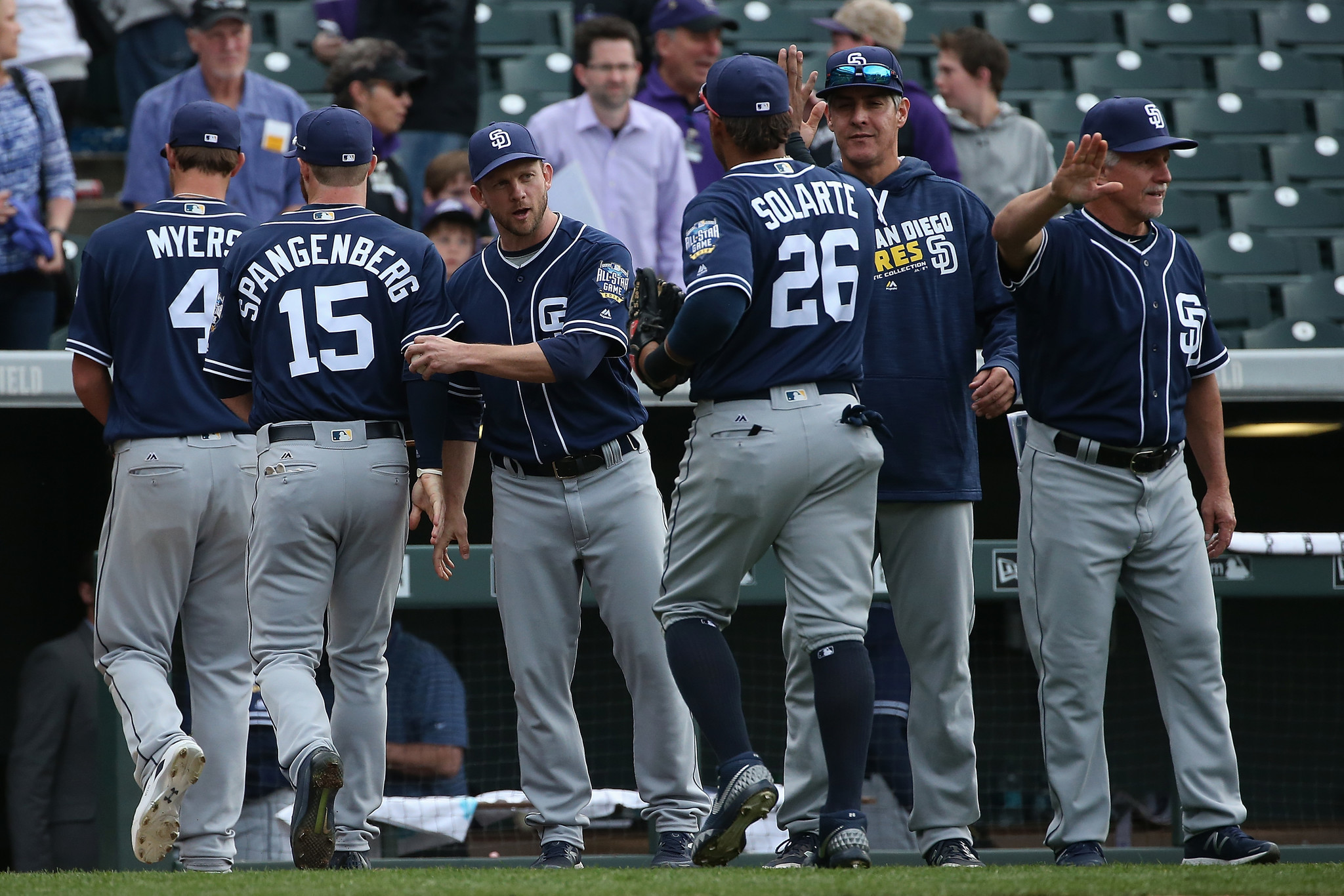 Sdut-on-deck-padres-final-trip-to-coors-field-20160916