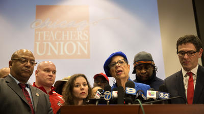 Chicago Teachers Union helping charter teachers in contract fight
