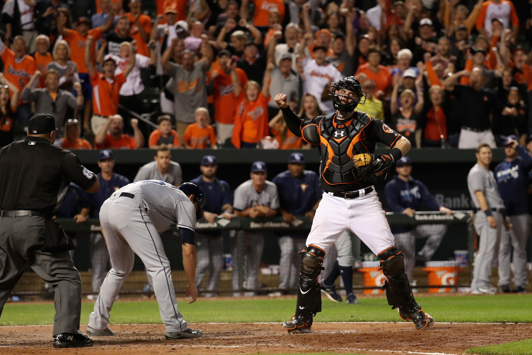 Bal-orioles-ride-the-details-on-basepaths-in-field-during-comeback-win-over-tampa-bay-20160916
