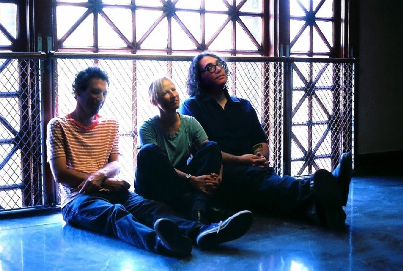 Yo La Tengo Bringing Its Alternating Loudquiet Improv To The