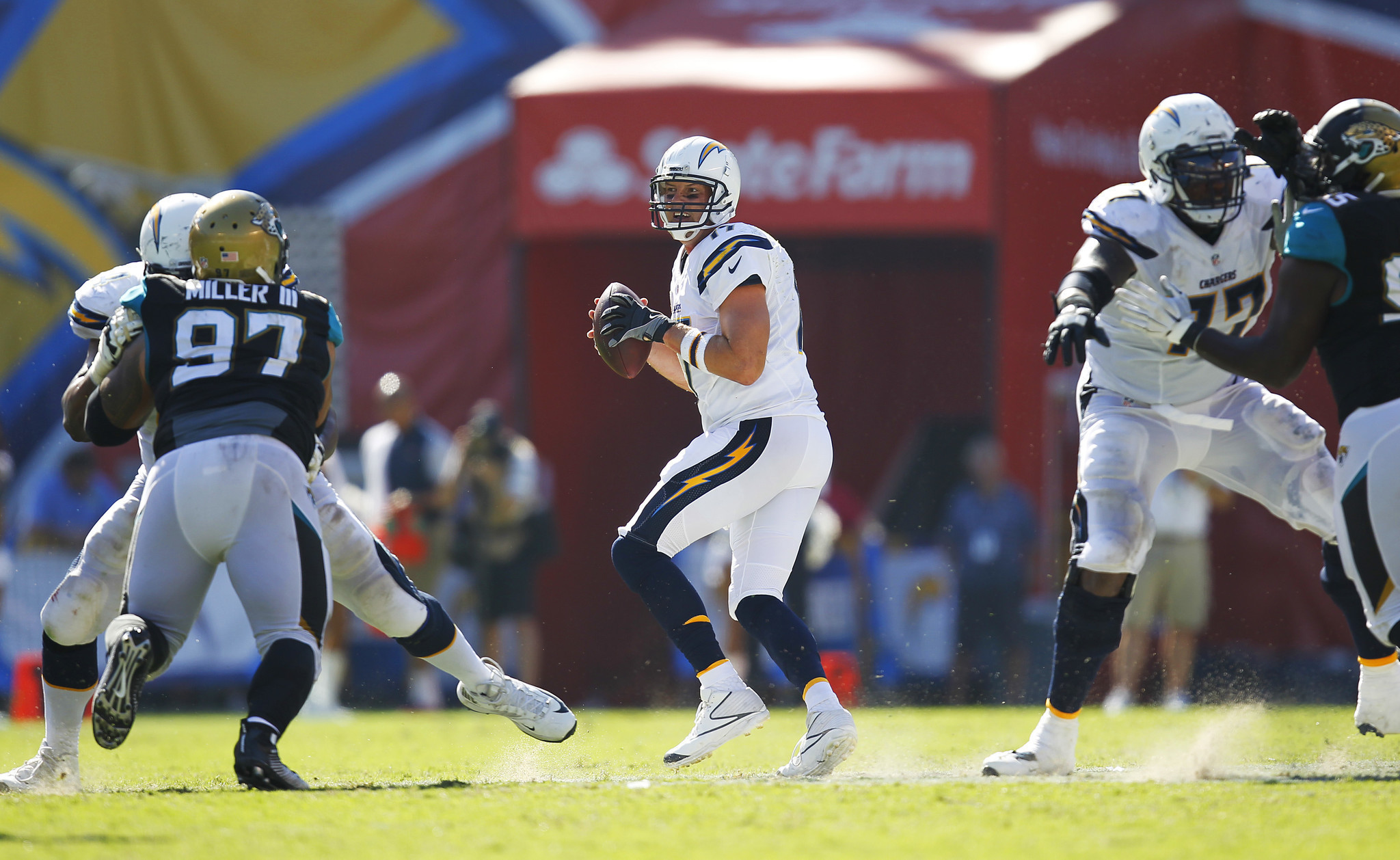 Sd-sp-chargers-rivers-passpro-20160919