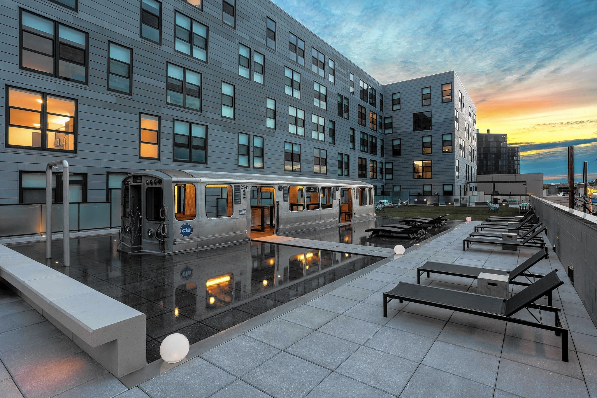 Transit-oriented housing in Chicago is back on track