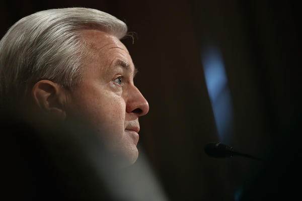 Wells Fargo Chief Executive John Stumpf testifies in front of the Senate Committee on Banking, Housing and Urban Affairs. (Getty Images)