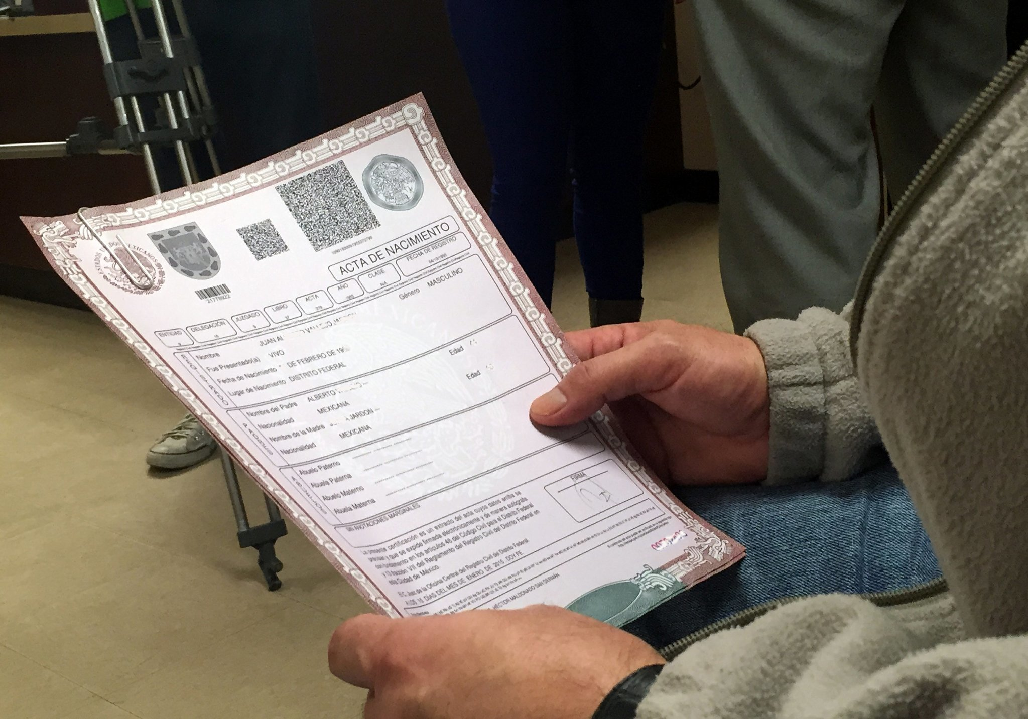 El consulado mexicano ya está expidiendo actas de nacimiento - Hoy ...