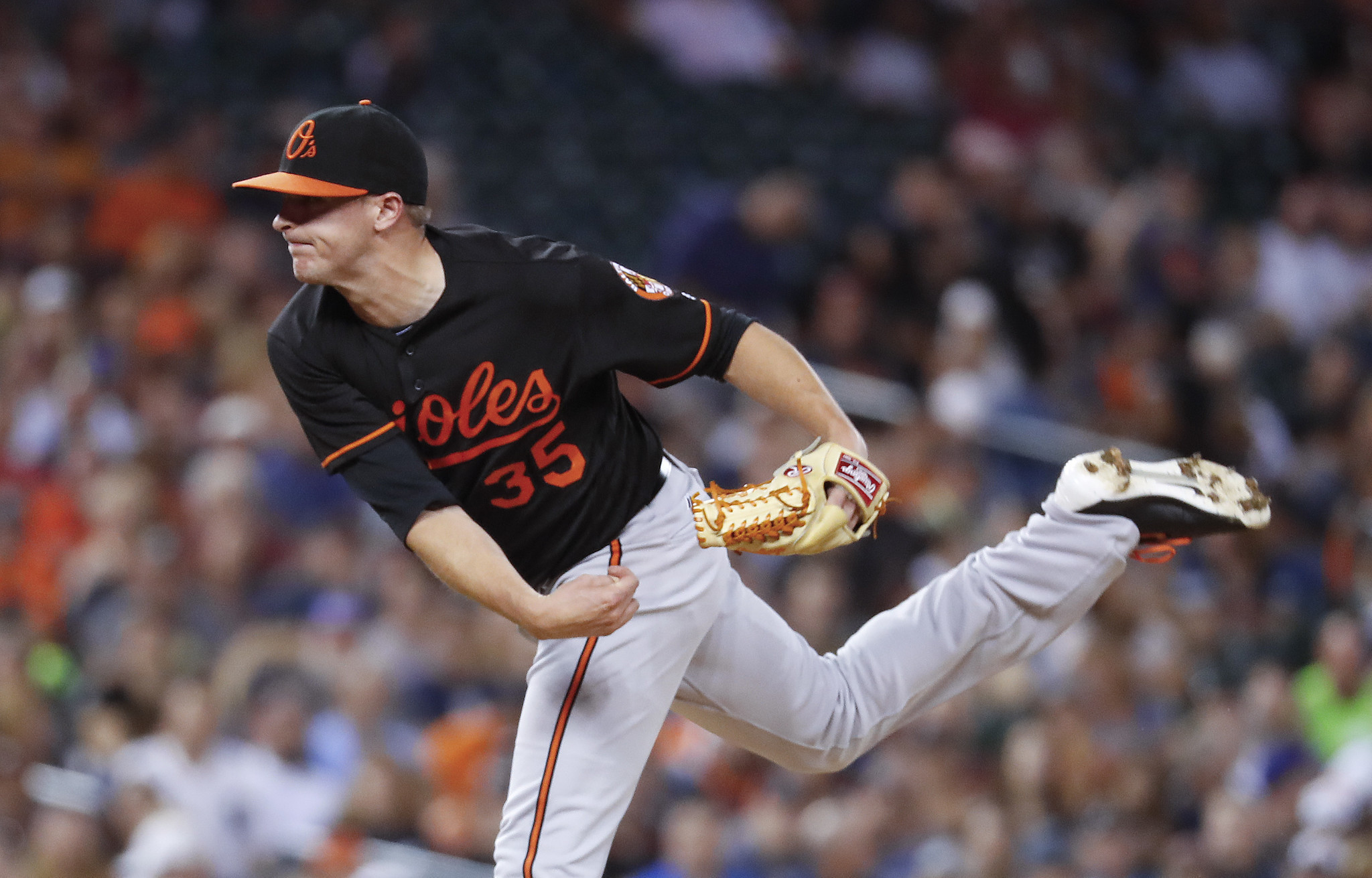 Bal-orioles-notes-bloated-bullpen-yielding-both-results-and-confusion-trey-mancini-debuts-tuesday-20160920