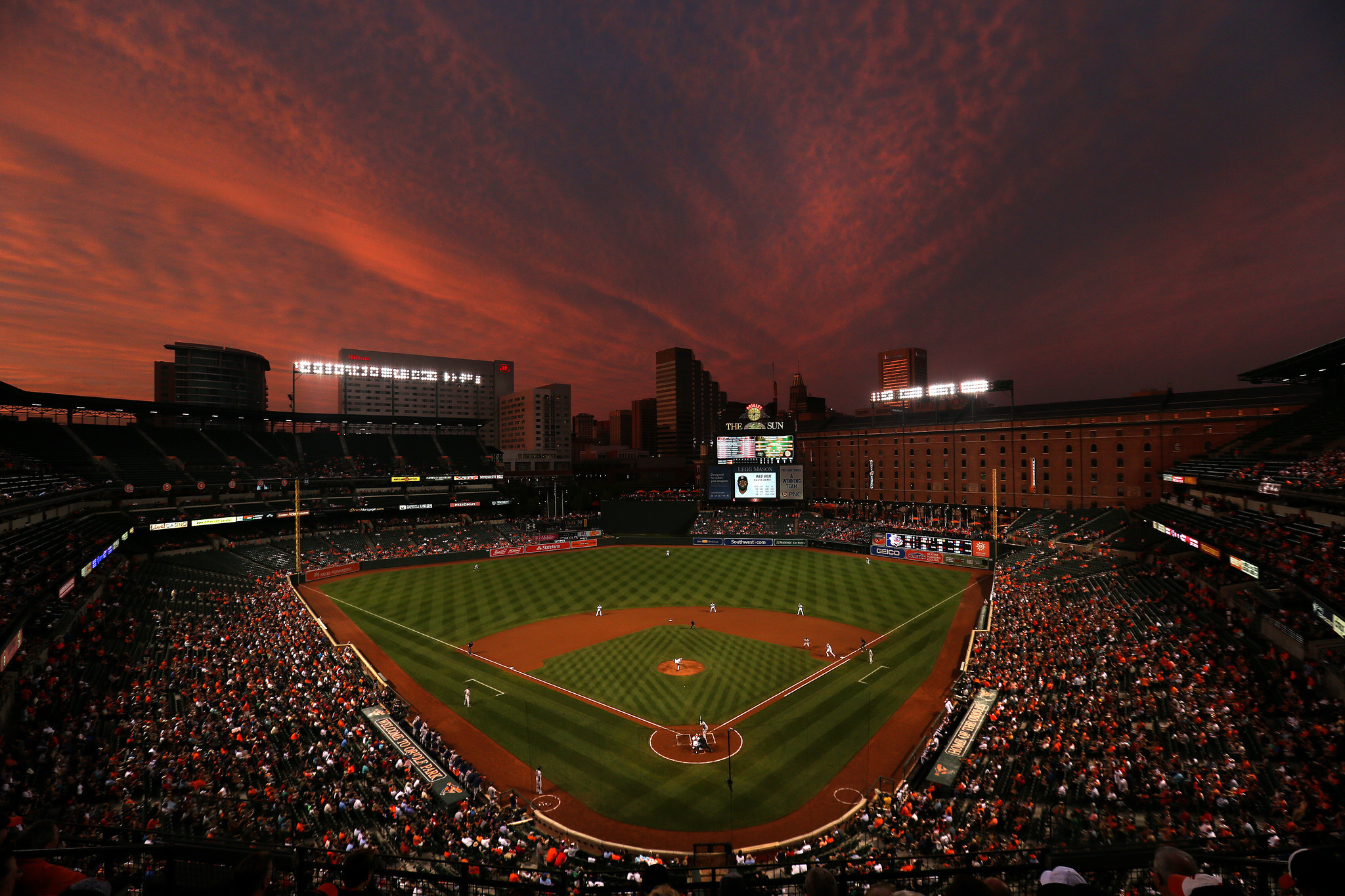 Declining Crowds At Camden Yards Concern Orioles Fans And Businesses Baltimore Sun