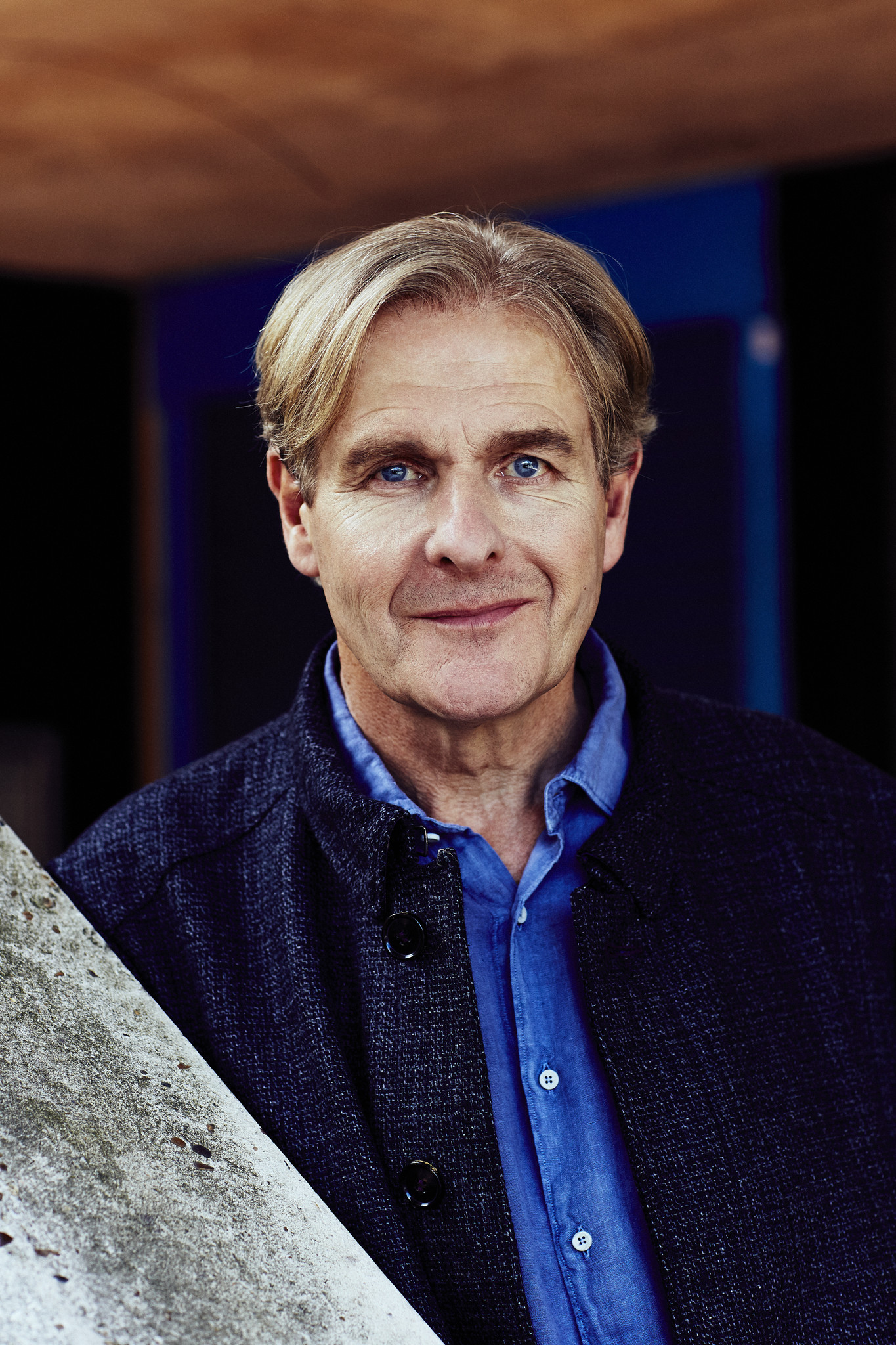 robert bathurst movies and tv shows