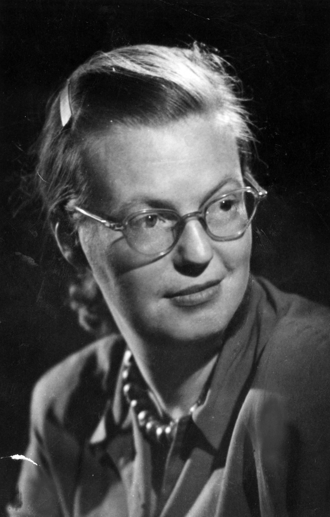 the life and story of shirley jackson Life among the savages shirley jackson collected short speaking of the reaction provoked by the lottery, jackson wrote in the story and its writer.
