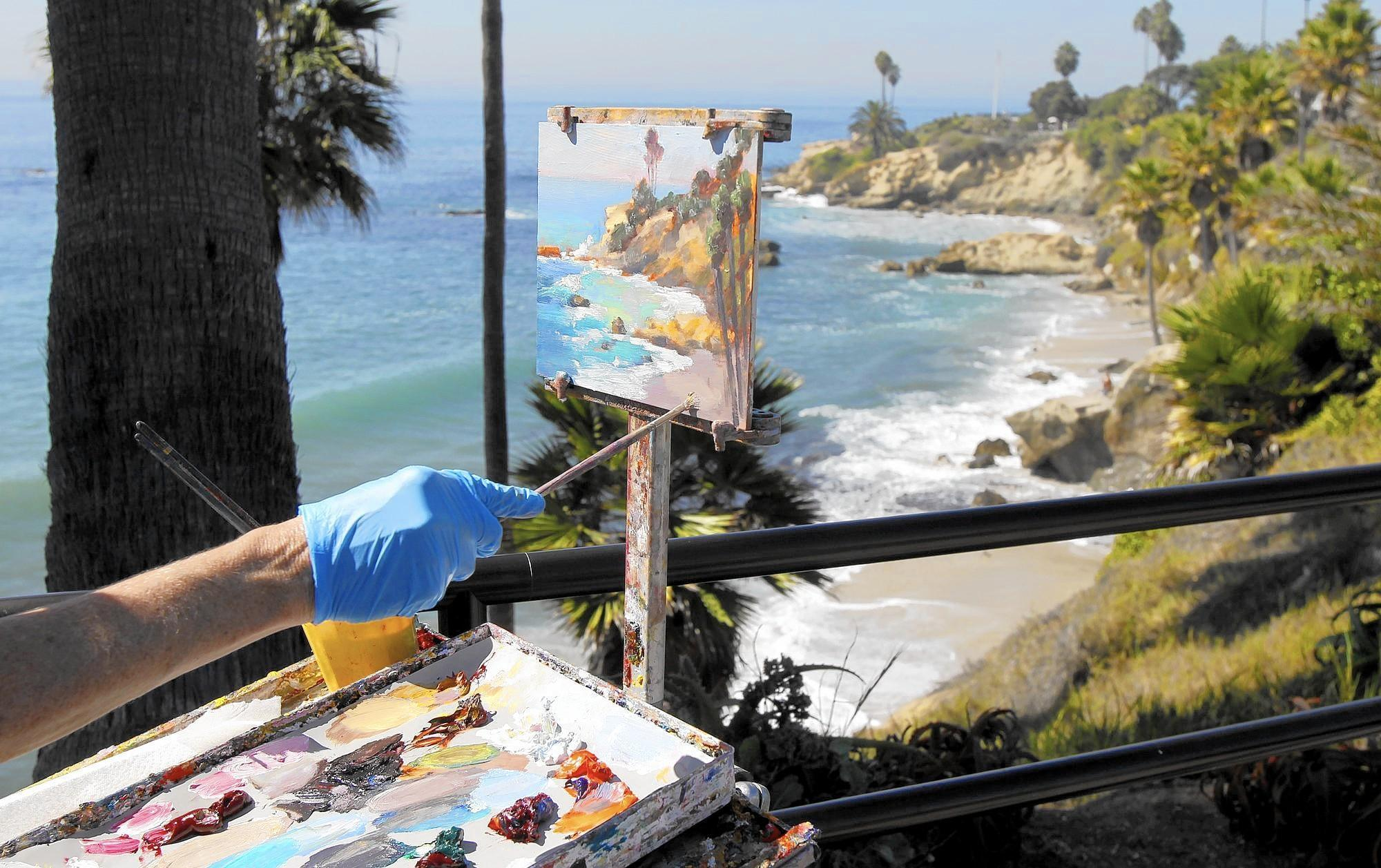 'It's like Christmas': Artists get ready to battle sun and wind at Laguna Beach Plein Air Painting Invitational
