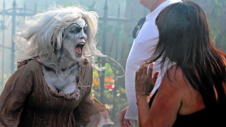 Halloween Horror Nights 26 pictures