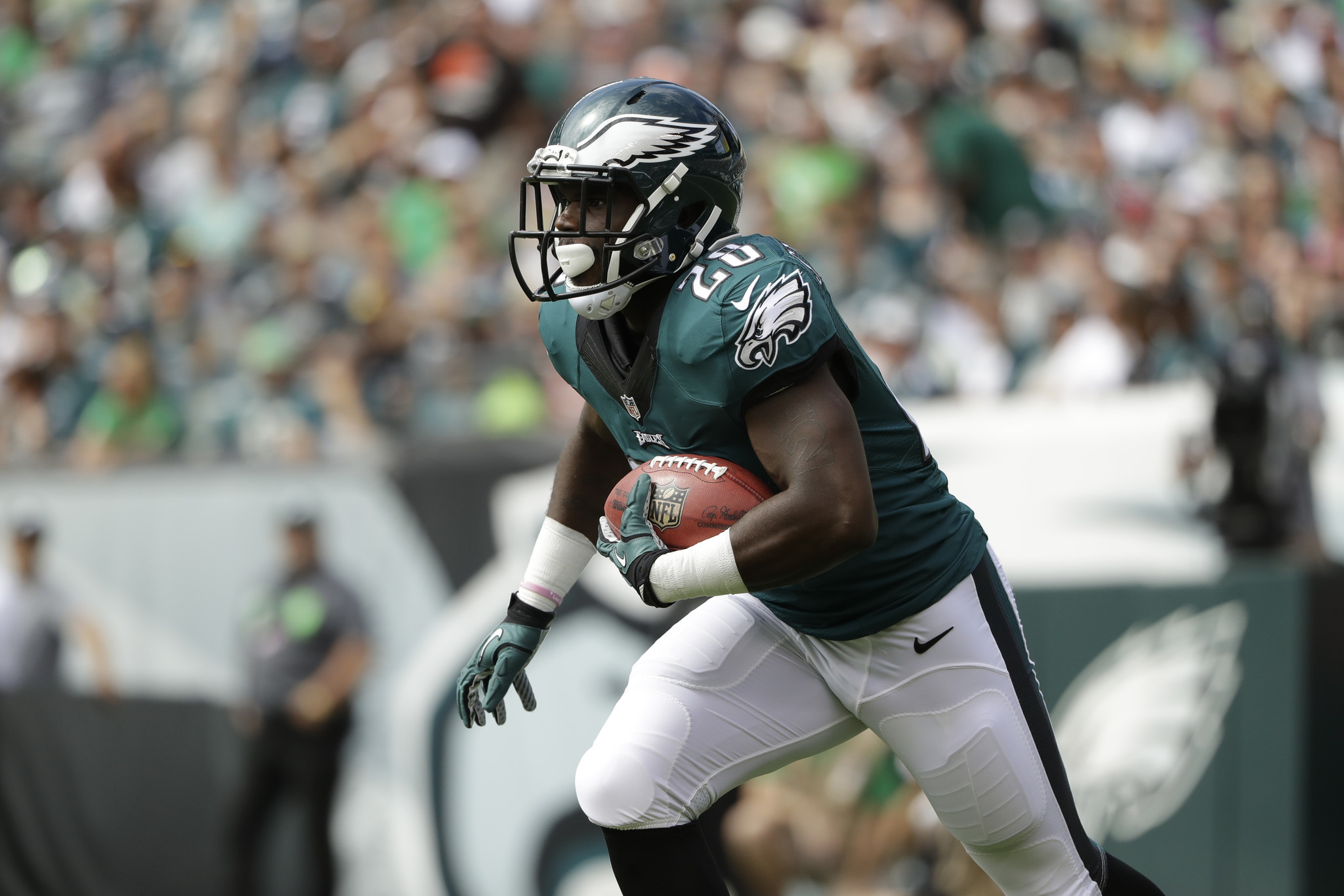 Mc-monday-morning-quarterback-five-takeaways-from-eagles-blowout-victory-over-steelers-20160926